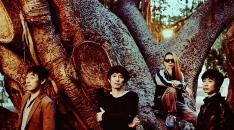 スピッツ、新曲「1987→」のミュージックビデオ公開!
