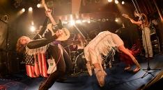 音の暴走列車=スタークローラーが渋谷を直撃! ロックンロールの興奮と血糊にまみれた完全無欠の東京公演レポート公開!